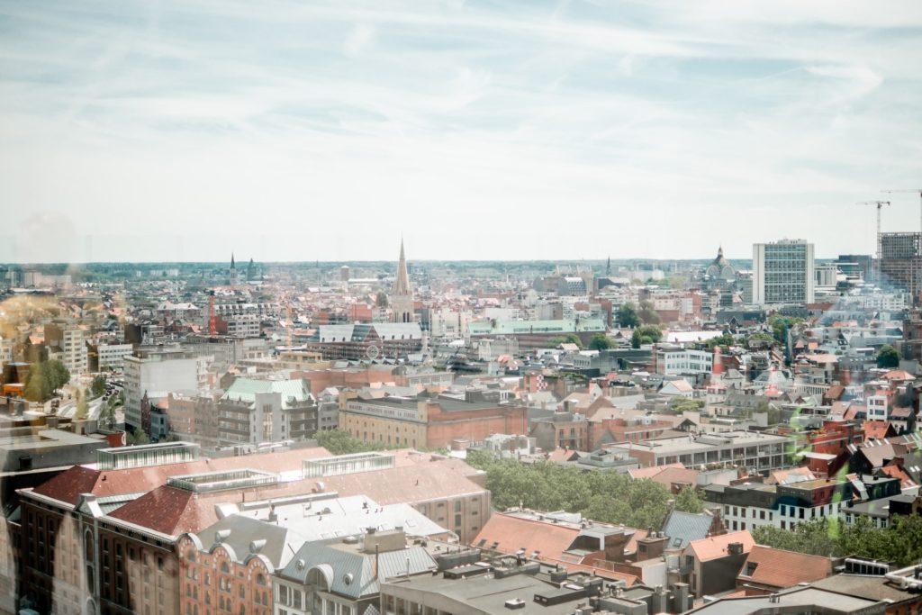 Blick vom MAS auf Antwerpen