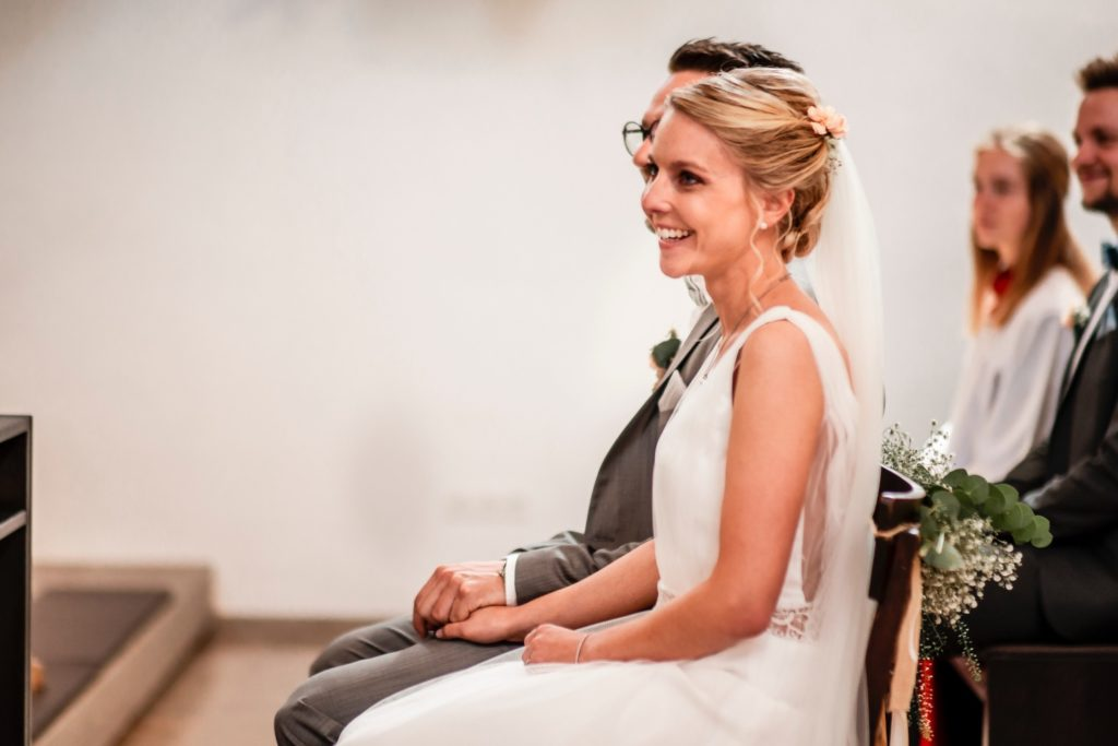 Brautpaar in der Kirche